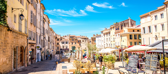Living in France - 4 Reasons Expats Buy Property in Provence