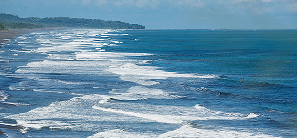 Best Places to Live Overseas - Costa Rica vs. Panama