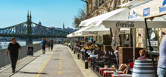 Living Abroad - Digital Nomads in Budapest, Hungary