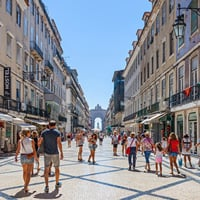 6-Important-Tips-about-Health-Insurance-for-Expats-in-Portugal