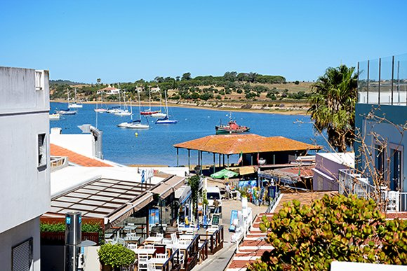Where to Live in Alvor
