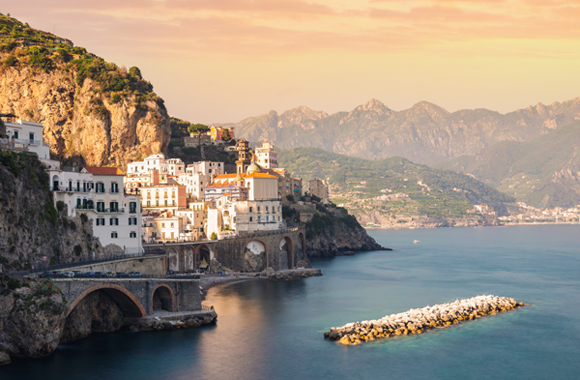Expat Survey - About 85% of Expats in Italy Report Being Happy There