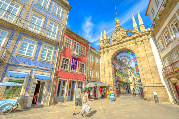 Expat Survey - 95% of Expats in Portugal Love Living There