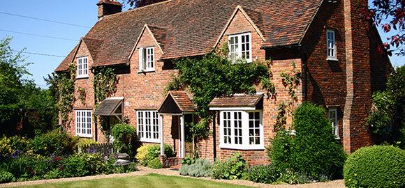 Expats Gerrards Cross - 5 Tips for Living in Gerrards Cross, England
