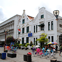 5-Tips-For-Living-in-Jakarta,-Indonesia