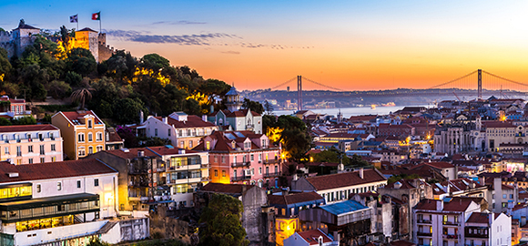 5-Tips-for-Living-in-Lisbon,-Portugal
