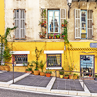 5-Tips-For-Living-in-Nice,-France