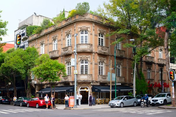 Expat Exchange 7 Best Neighborhoods In Mexico City Mexico City Colonia Zona Rosa Roma Condesa Santa Fe Bosques De Las Lomas