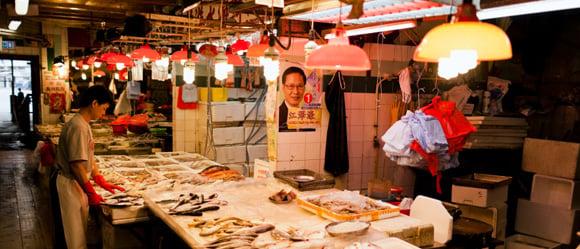 Expat Hong Kong - 10 Tips for Living in Hong Kong